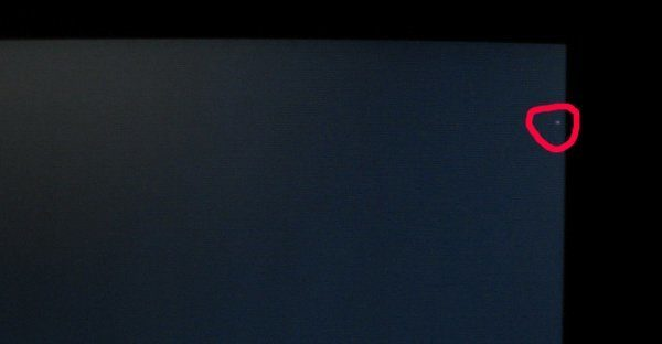 Битый пиксель с краю экрана